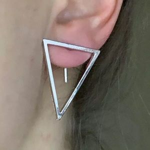 🌈 3/$45 🌈 🆕 Triangle with stuck back stud